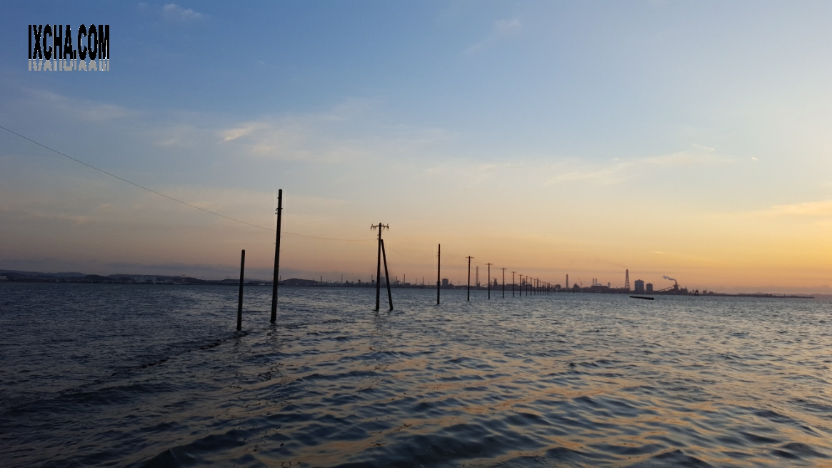 ウユニ塩湖の様に見える時期と時間