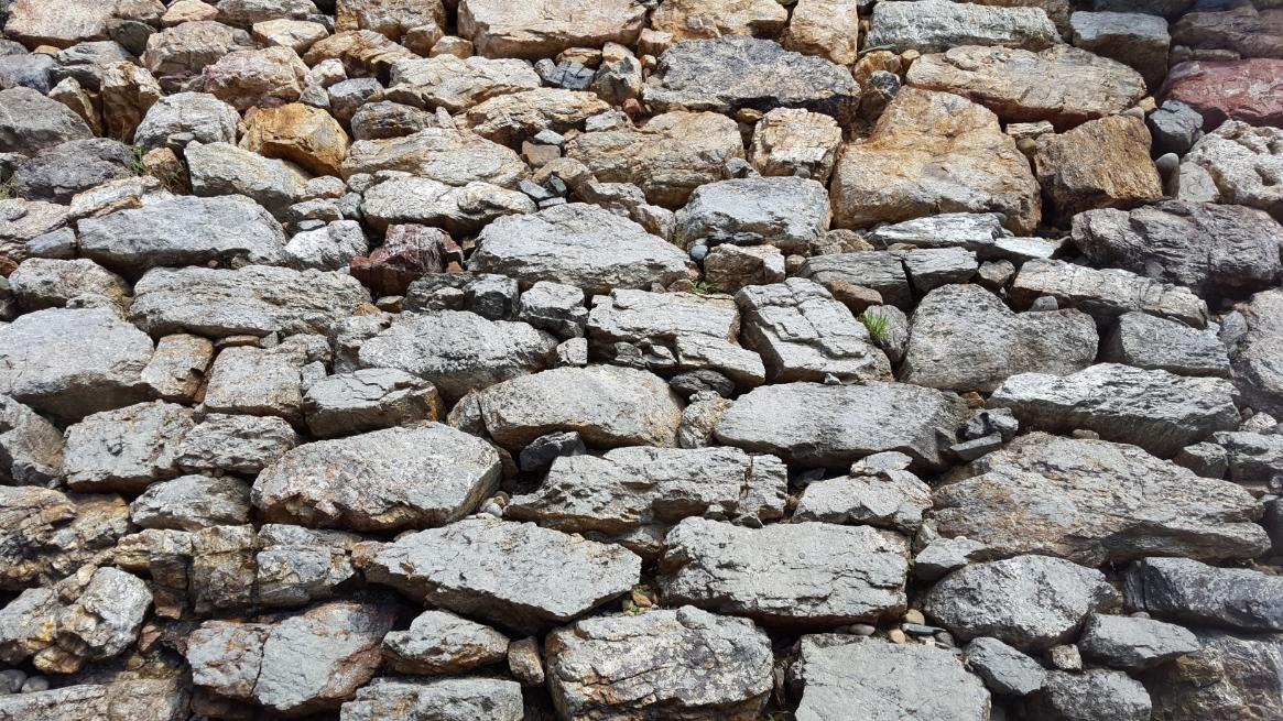 野積みの石垣
